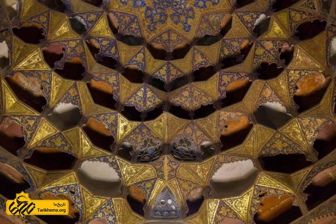18 دلیلی که گردشگران را به ایران هدایت میکند