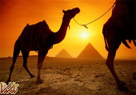غروب دل انگیز آفتاب از نگاه اهرام