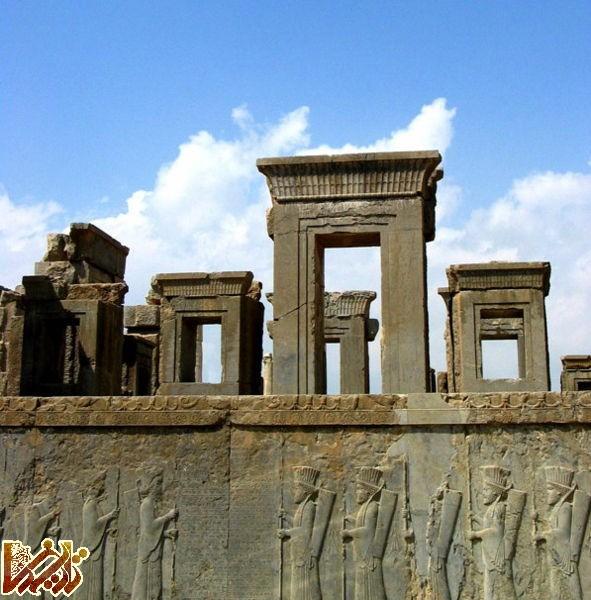 پرونده:Persepolis recreated.jpg