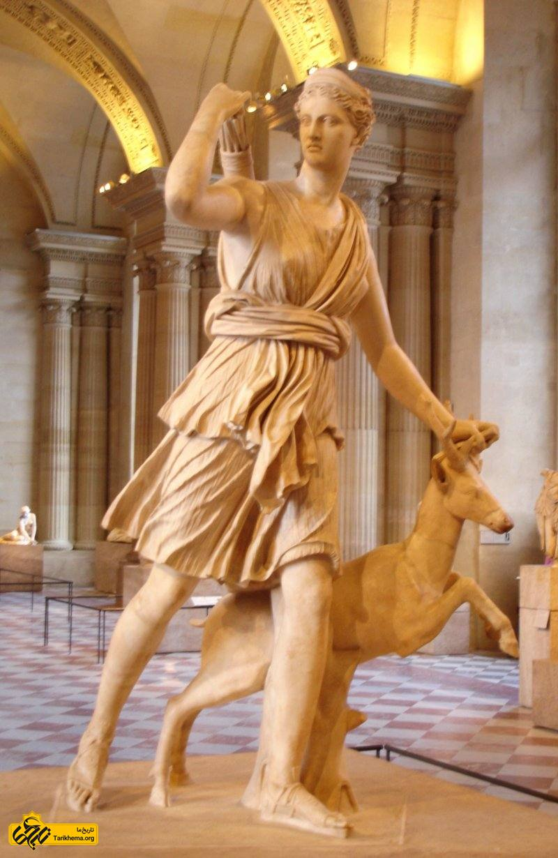 عکس آرتمیس (به یونانی: Ἄρτεμις) یا در اسطورههای رومی دیانا (به لاتین: Diana) الهه زمین و شکار. about-zeus Tarikhema.org