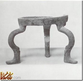 شیء باستانی کشف شده در قصر ابونصر