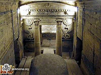 https://tarikhema.org/images/2011/12/Alexandria_catacombs_principal_tomb_tb_n110800-1.jpg