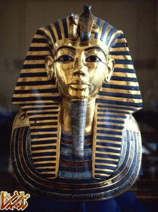 http://tarikhema.org/images/2012/06/tutankhamun.jpg