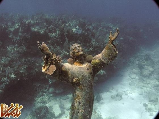 تصویر: مسیح در آب