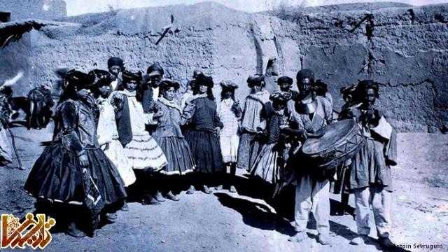 زنان و نوازندگان کرد