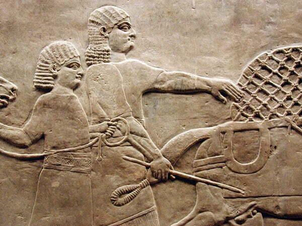 رفتار تمدن آشور با اسیران جنگی
