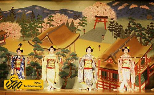 نقش نمايش در فرهنگ ژاپن