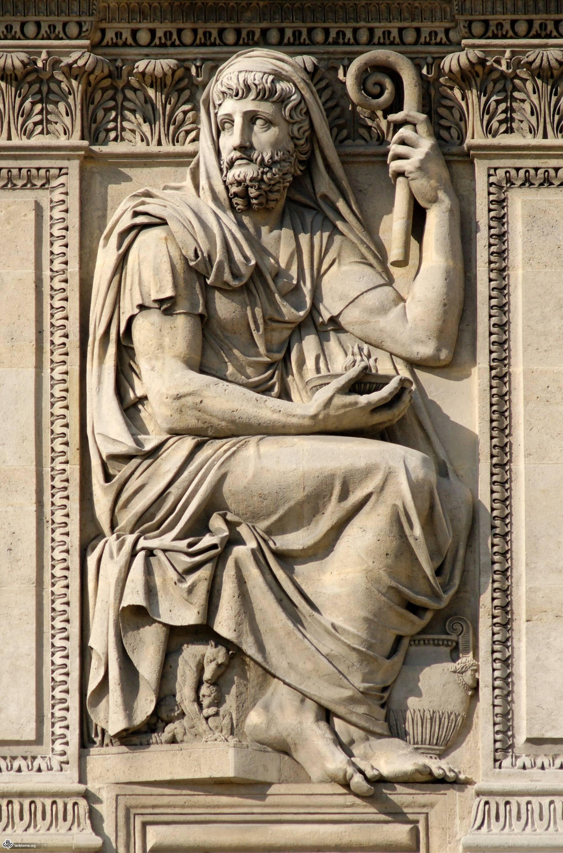 Relief_Herodotus_cour_Carree_Louvre.jpg (1800×2727)