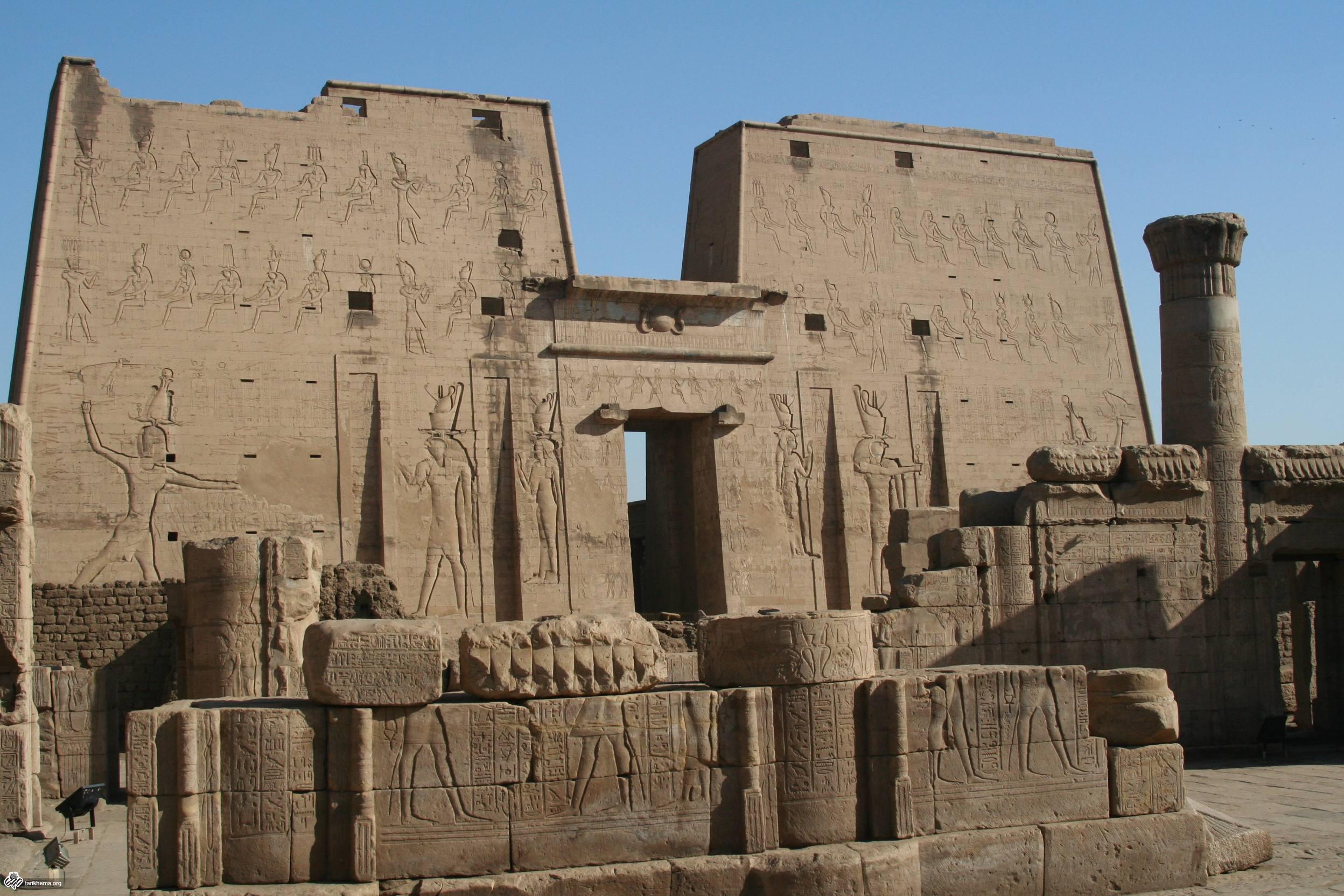 S_F-E-CAMERON_EGYPT_2006_FEB_00289.JPG (2496×1664)