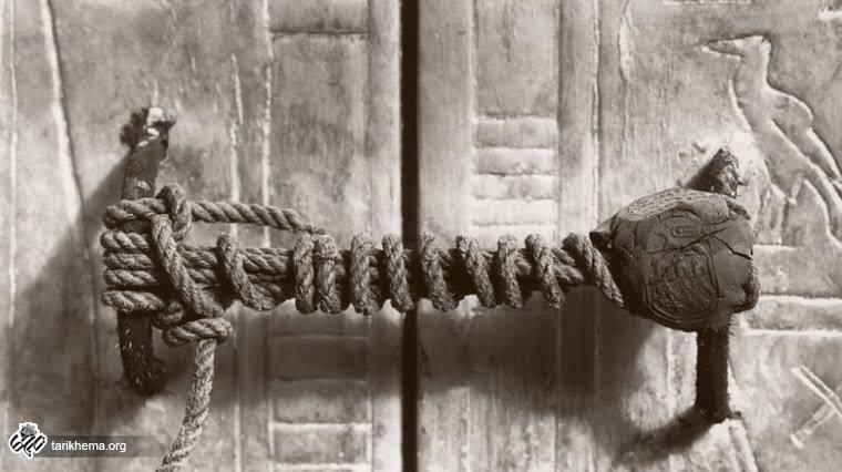 عکسی تاریخی از مهر و موم دستنخورده ۳۲۴۵ ساله توتعنخآمون
