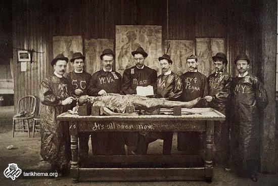 تصاویر عجیب از دانشجویان پزشکی در گذشته