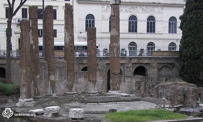 آرامگاه ژولیوس سزار، پناهگاهی برای گربه ها