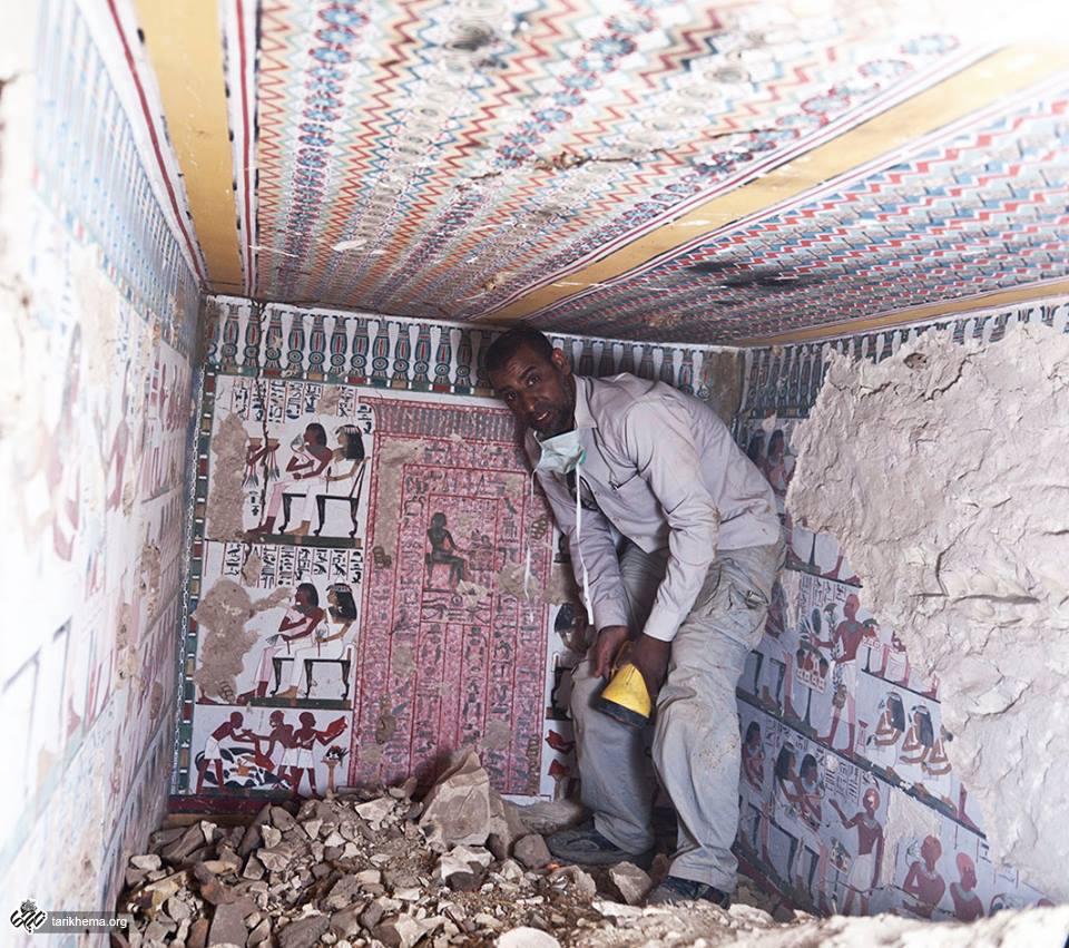 کشف دو مقبره زیبای مصری