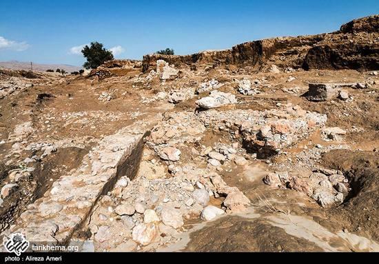 اکتشاف قبرستانی 800 ساله در لارستان استان فارس