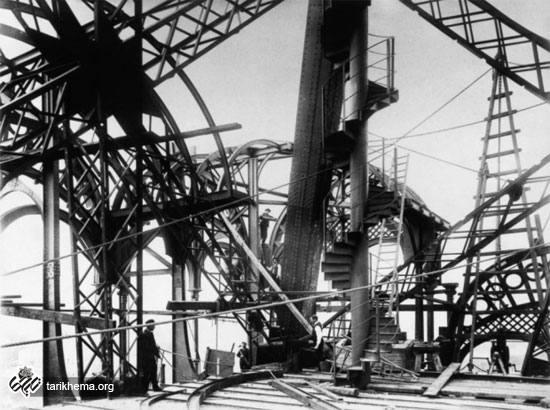 تصاویری بسیار دیدنی از مراحل ساخت برج ایفل