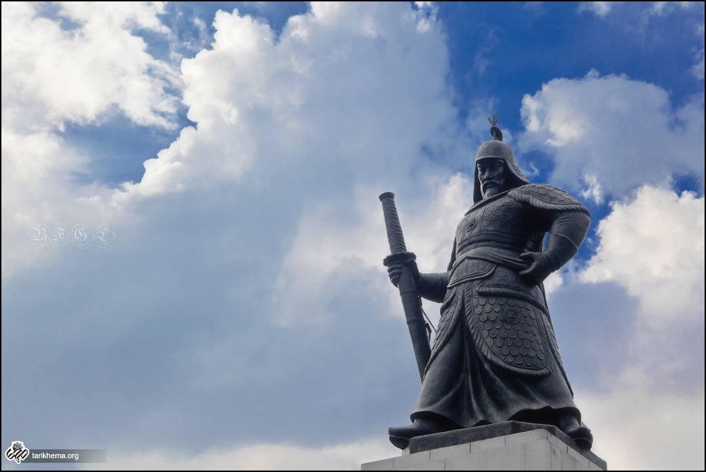 یی سون شین