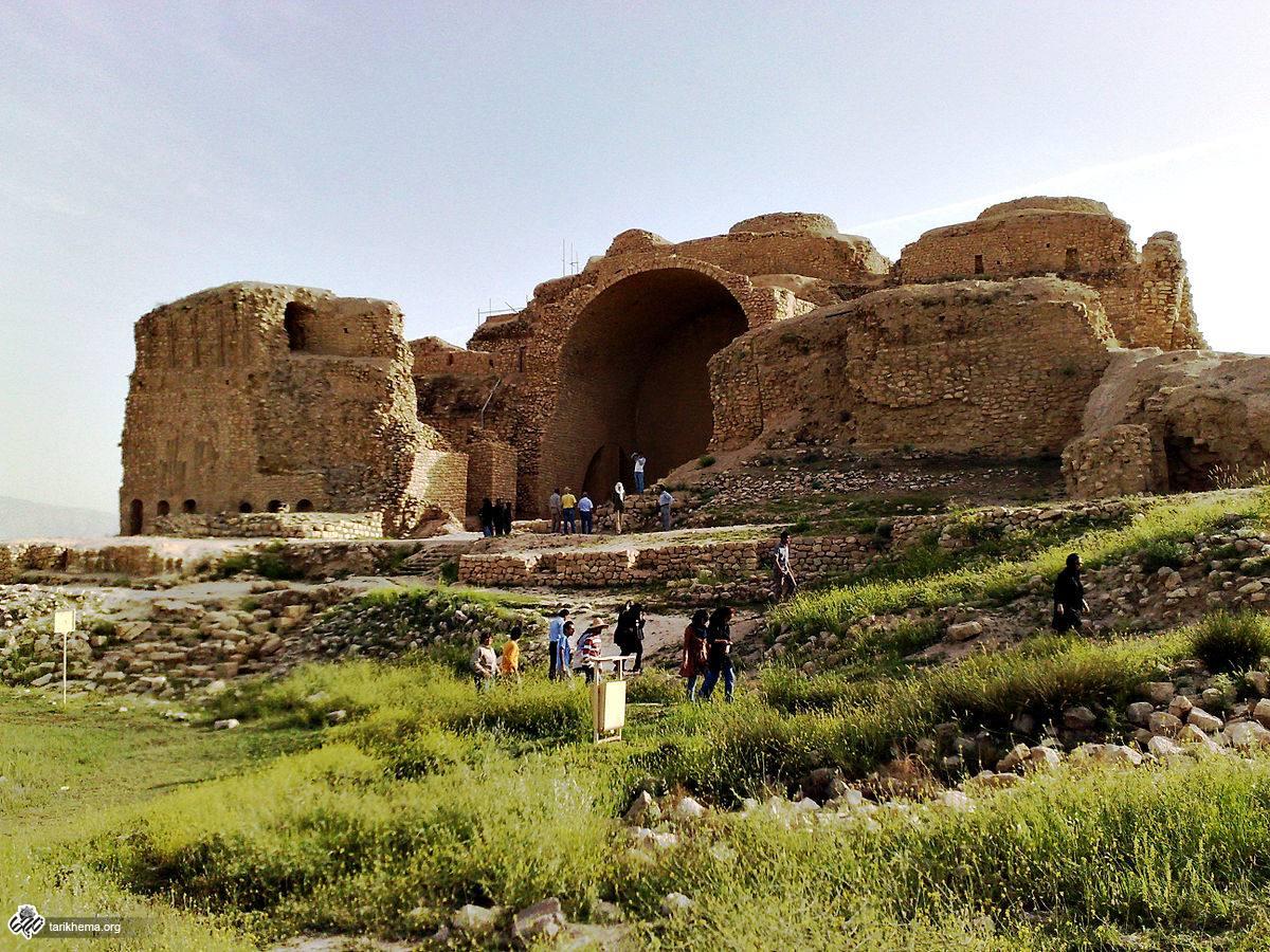 ممنوعیت دفن مرده درکاخ اردشیر ساسانی