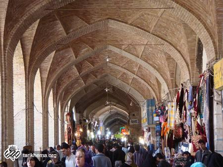 درباره زور بازار و بازاریان در تاریخ ایران