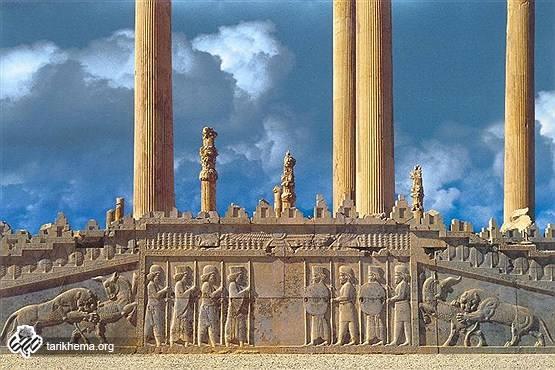 ارتش در زمان هخامنشیان چگونه بود؟