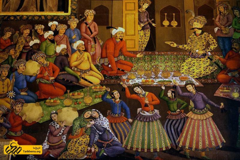 پذیرایی شاه عباس از ولیمحمدخان (فرمانروای بخارا از سلسله اشترخانیان)، دیوارنگارهای در چهلستون اصفهان.
