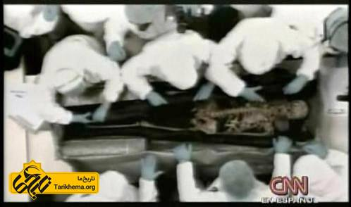 بررسی بقایای جنازه سیمون بولیوار
