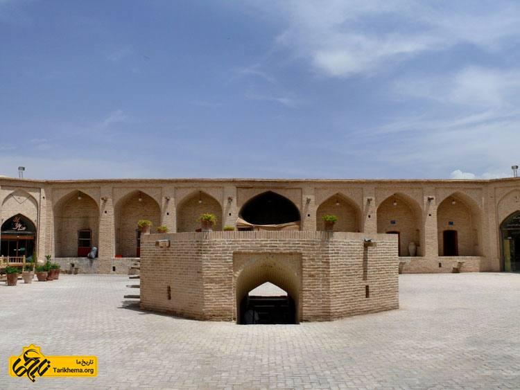 عکس Image result for کاروانسرای شاه عباسی در شهرستان میبد %db%8c%d8%b2%d8%af Tarikhema.org