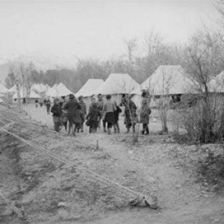 فرار آوارگان لهستانی به ایران