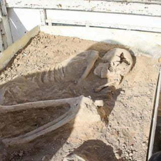 ویدئوی اسکلت 7500 ساله در اراک