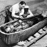 ویدئوی خنجر فرعون ( توتعنخآمون)  ازجنس فرازمینی ها