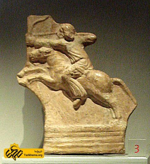 عکس مجسمه اسب سوار پارتی، به نمایش گذاشته شده در کاخ ماداما %d8%af%db%8c%d9%86-%d8%a7%d8%b4%da%a9%d8%a7%d9%86%db%8c%d8%a7%d9%86 Tarikhema.org