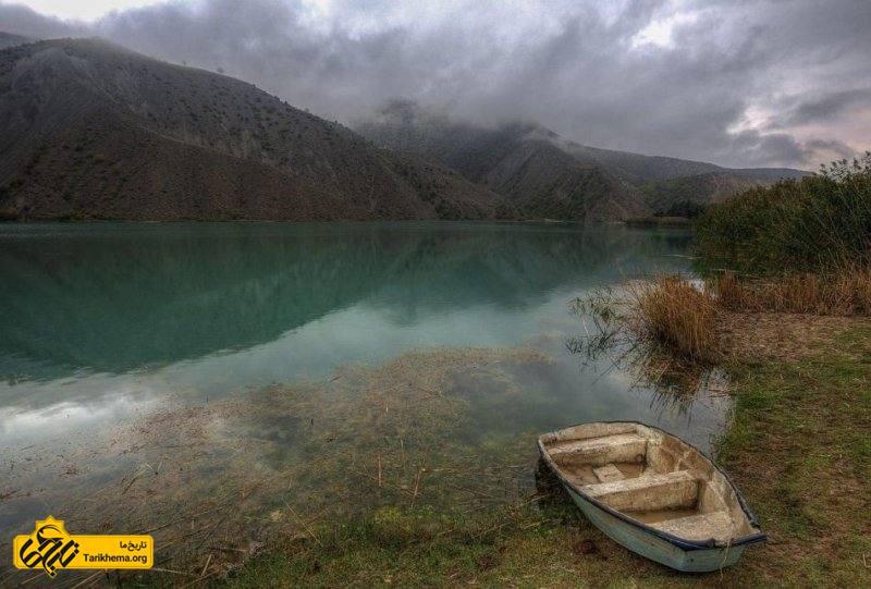 قایق سواری در دریاچه ولشت