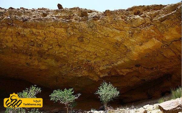 صخرههای باستانی یافت شده در روستای میمند