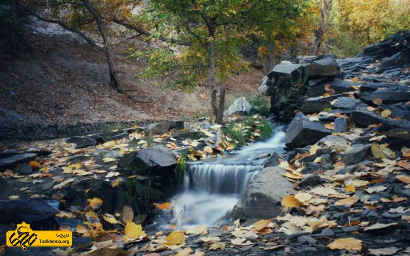 آبشار زیبای روستا