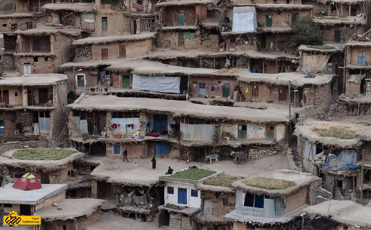 عکس این روستا در ۴۵ کیلومتری شمال غرب مرکز شهرستان کوهرنگ واقع شدهاست. %d8%b1%d9%88%d8%b3%d8%aa%d8%a7%db%8c-%d8%b3%d8%b1-%d8%a2%d9%82%d8%a7-%d8%b3%db%8c%d8%af-%d8%8c-%d9%85%d8%a7%d8%b3%d9%88%d9%84%d9%87-%d8%b2%d8%a7%da%af%d8%b1%d8%b3 Tarikhema.org