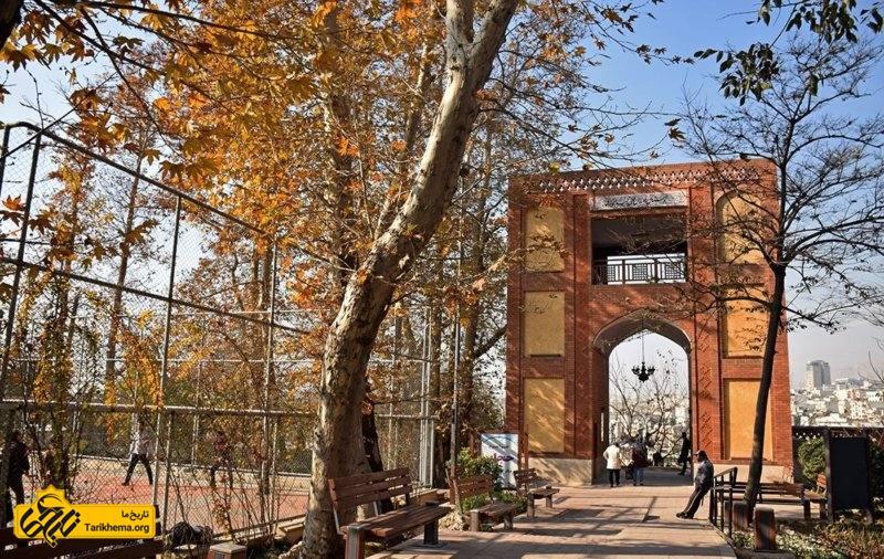 ورودی بوستان باغ ایرانی