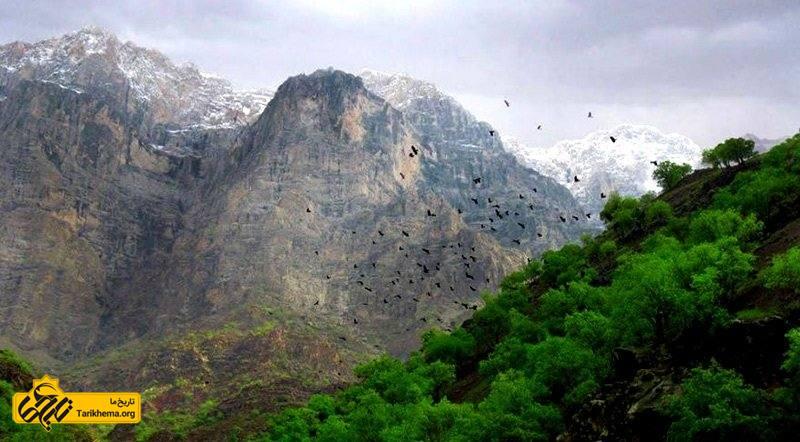 کوههای منطقهی دره عشق
