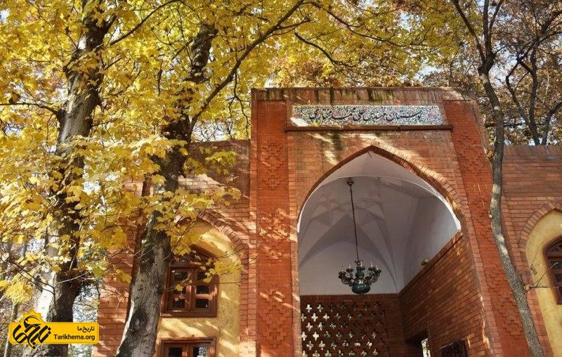 مساحت بوستان باغ ایرانی با نزدیک به ۳٫۵ هکتار است که ۲٫۵ هکتار از آن برای فضای سبز بکار رفته است.