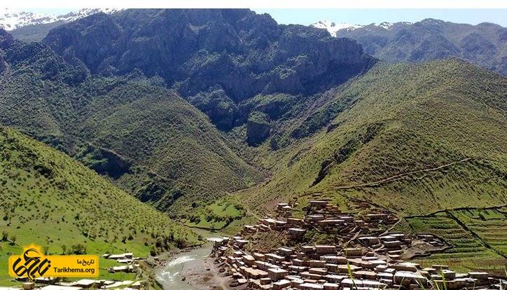 کوههای سربع فلک کشیدهی روستای دل