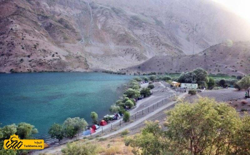 طبیعت زیبای دریاچه
