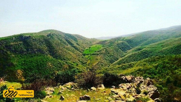 آثار تاریخی آشخانه