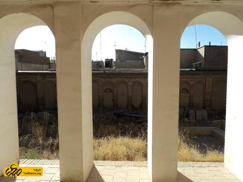 خانه محمد مصری بروجرد لرستان