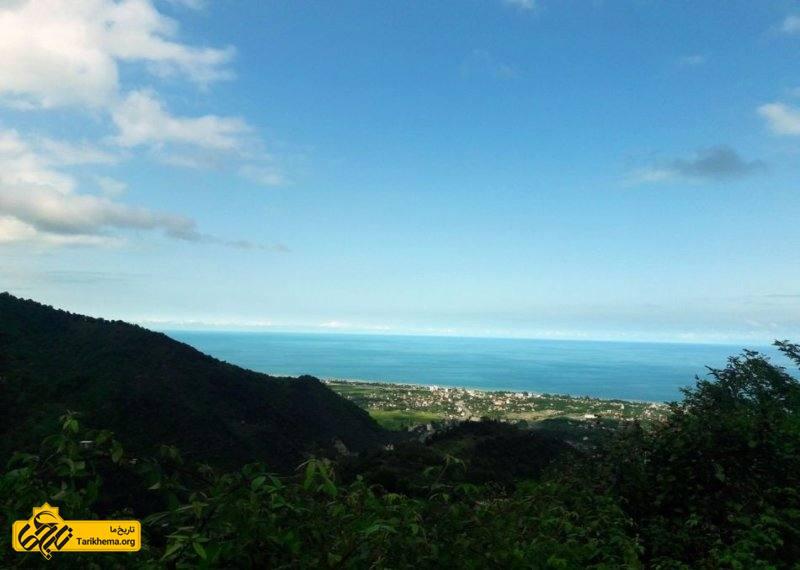 منظره دریا از روستای سرولات