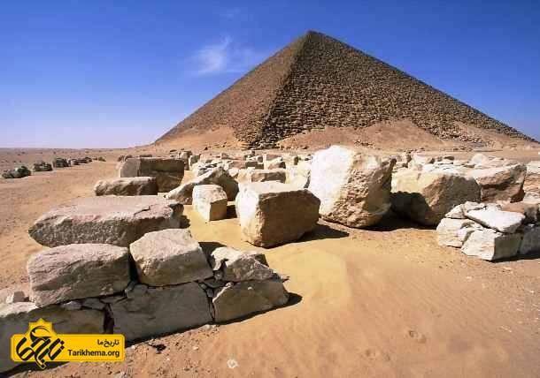 اهرام ساخته شده از سنگ های بزرگ