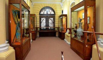 موزه کاخ میان پشته بندر انزلی