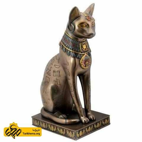 مجسمه ای برنزی از گربه، خدای مصر باستان