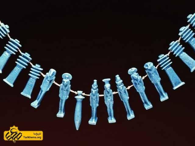 گردنبندی از 16 سنگ طلسم، مصر