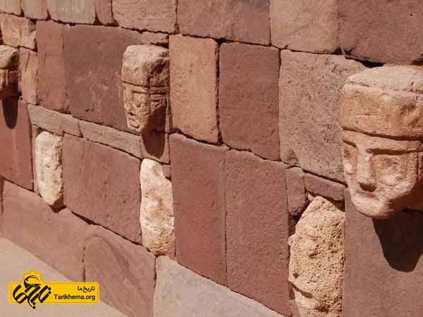 مجسمه های دیوار تیواناکو