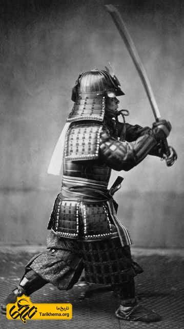 سامورایی با شمشیرش