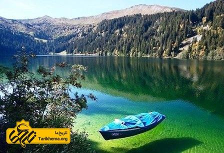دریاچه بایکال در روسیه
