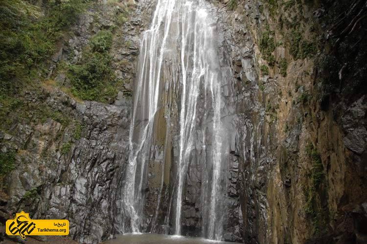 آبشار جنگلهای میلاش